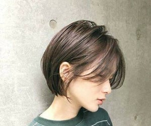 beautiful, hair, and short hairstyle image