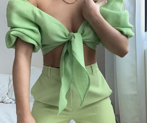 fashion, look, and green image