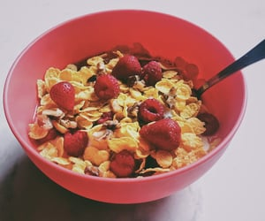 cornflakes, fruit, and delicious image