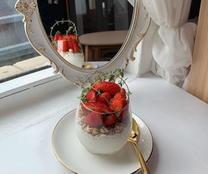 strawberry, food, and pretty image