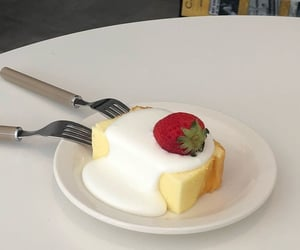 food, dessert, and aesthetic image