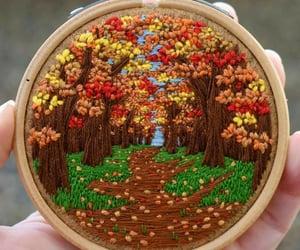 autumn, belleza, and bordado image