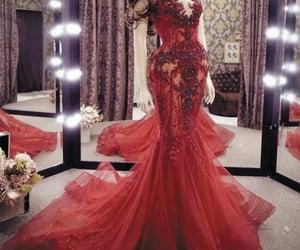 red evening dress, vestido de longo, and mermaid evening dresses image