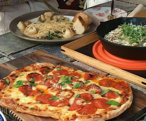 delicious, kitchen, and pizza image