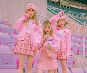 aesthetic, pink, and pretty girls image