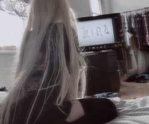 blonde, grunge, and pale image