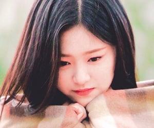 kpop, kpop girl, and loona hyunjin image