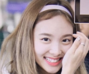 preview, twice, and lq image