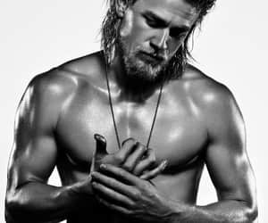 celebrities, Charlie Hunnam, and handsome image