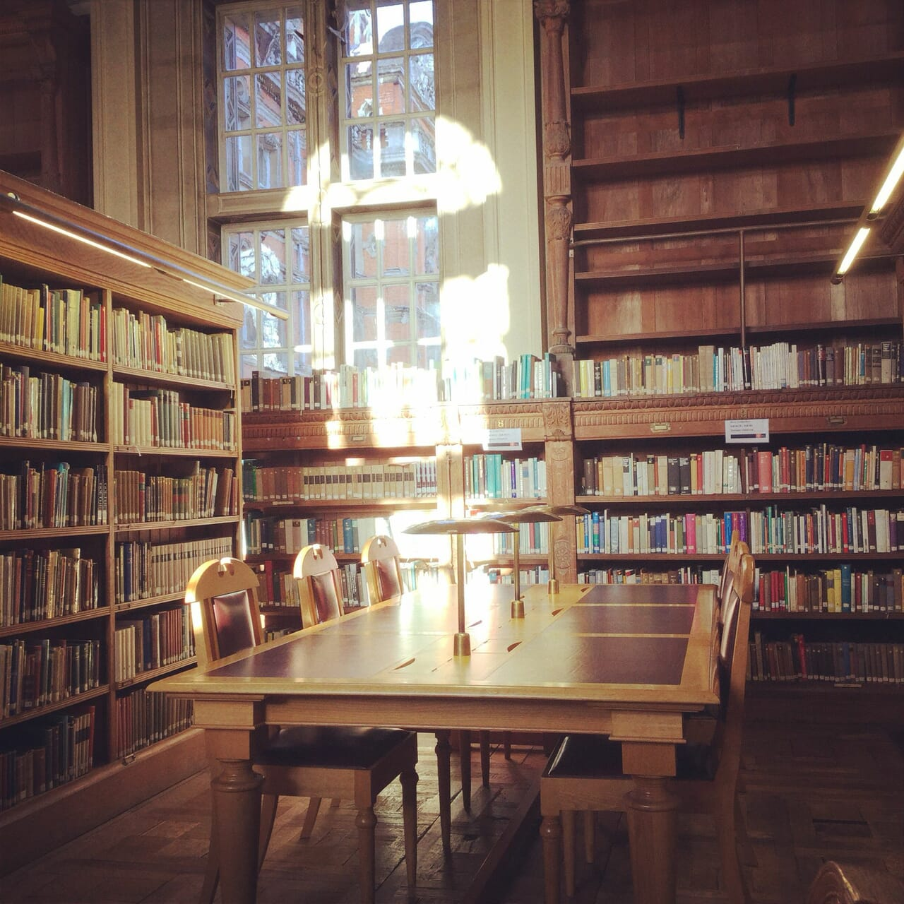 library, universityoflondon, and founderslibrary image