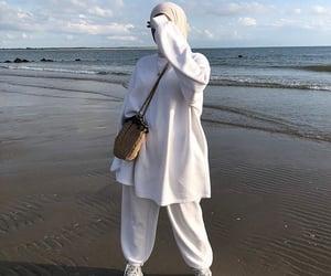 aesthetic, hijab, and sea image