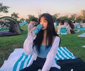 girl, picnic, and ulzzang image