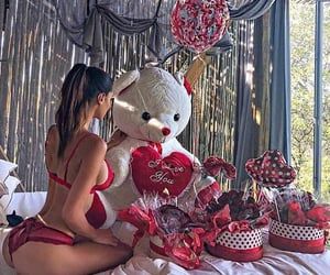 luxury, birthday, and flowers image
