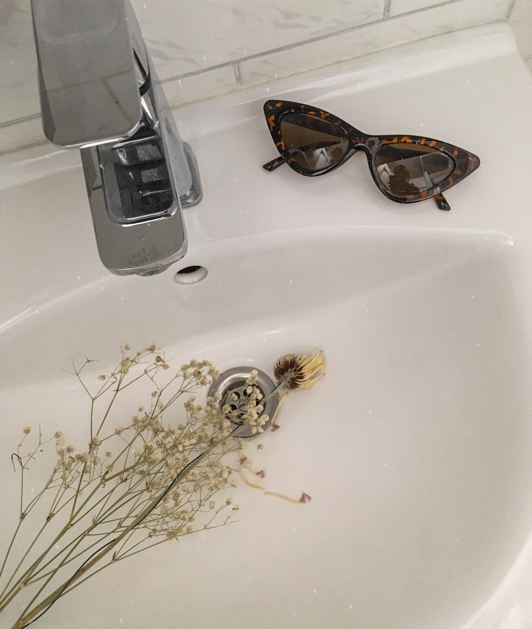 bathroom, effect, and flower image