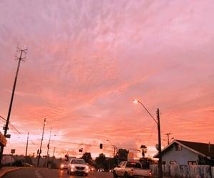 atardecer, city, and cloud image