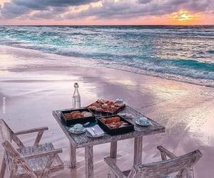 Maldives, 🌴, and 🌊 image