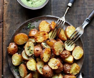 garlic, parsley, and roast potato image
