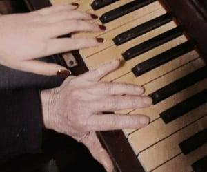 grandma, motivacion, and musica image