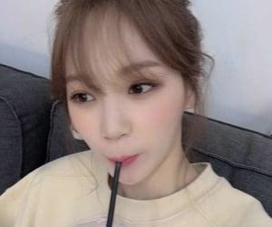 kim chaewon, izone, and chaewon image