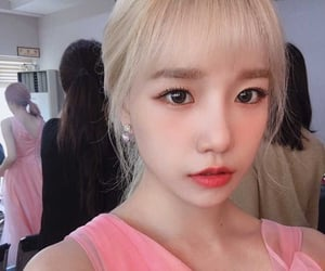 blonde hair, girl, and kpop image