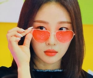 yves, preview, and loona image