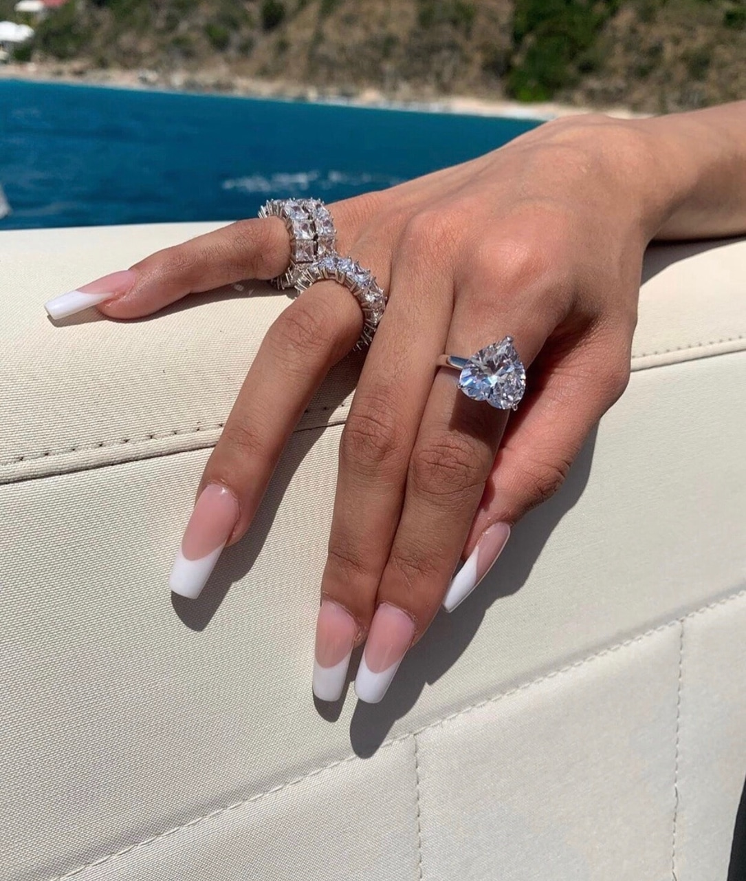 pink and white, beauty goals, and diamond rings image