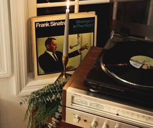 frank sinatra and music image