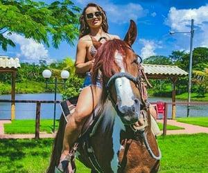 cavalos, girls, and meninas image