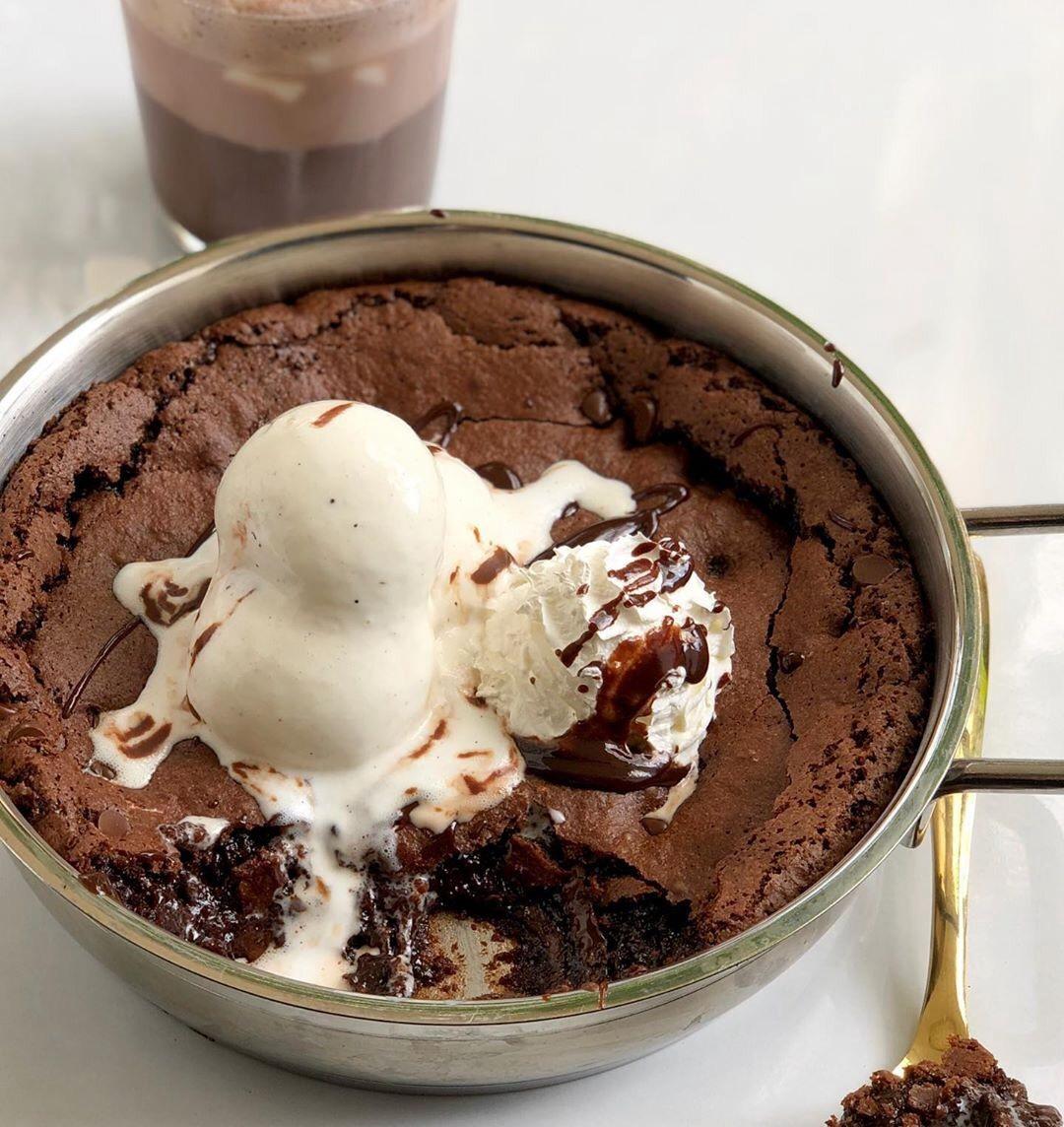 chocolate, yummy, and dessert image