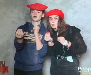 rp, noah schnapp, and stranger things cast image