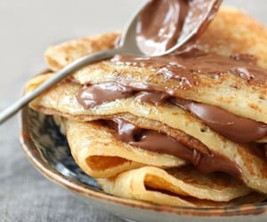 crepes and nutella image