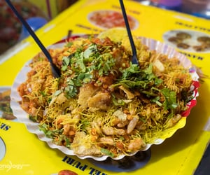 indian food, street food, and onion image