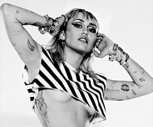 b&w, black and white, and striped image