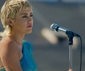miley cyrus and global citizen image