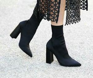 black, conjunto, and elegante image
