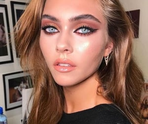makeup, beautiful, and blue eyes image