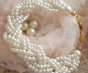 pearls, beautiful, and fashion image