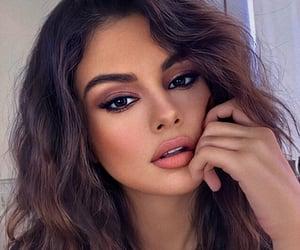 selena gomez, celebrity, and makeup image