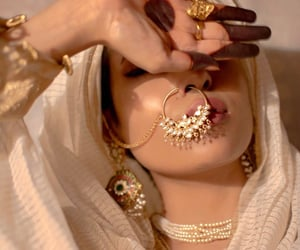 beauty, arabic, and gold image