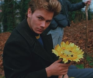 river phoenix, my own private idaho, and 90s image