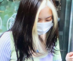 closeup, lisa, and kimjennie image