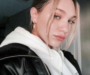 maddie ziegler and beauty image