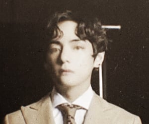 80s and taehyung image