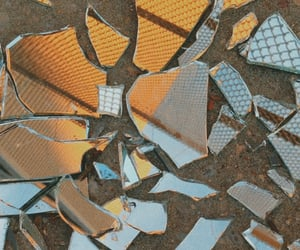 aesthetic, broken, and glass image