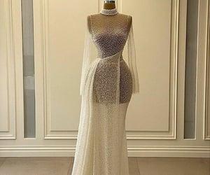 blanco, brillitos, and vestido de novia image