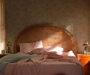 room, zoe kravitz, and high fidelity image