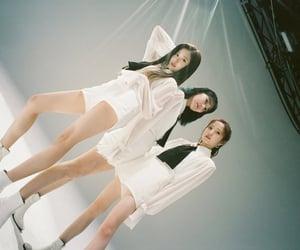 kpop, hitomi, and sakura image