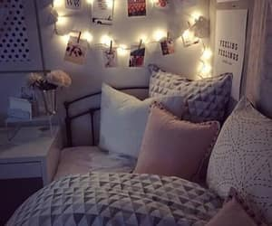 Top 16 DIY Bedroom Decoration Ideas - Sensod - Create. Connect. Brand.