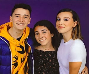 millie bobby brown, noah schnapp, and nillie image