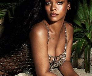 rihanna, thequeensofbeauty, and blogmusicdaily image